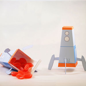 Rocket ship favor box