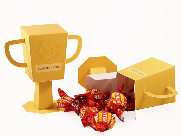 Trophy favor box